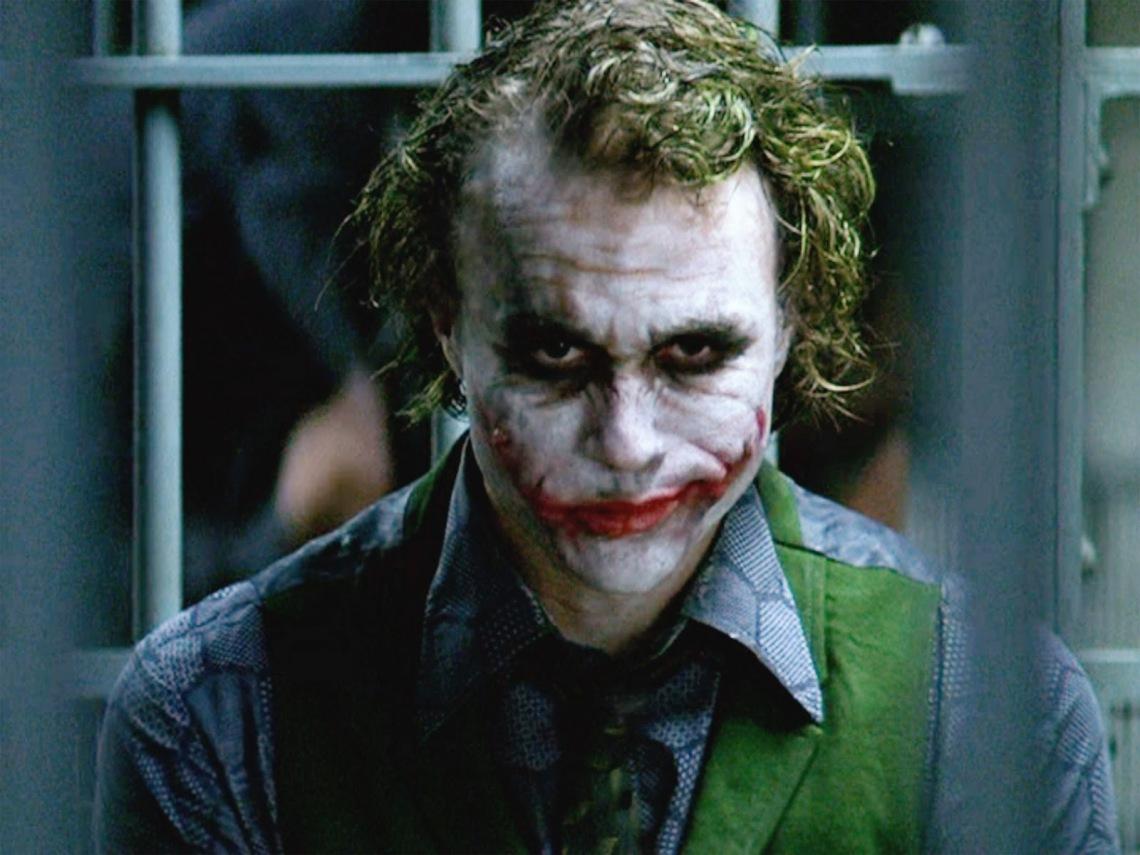 joker-prison-close-there-s-a-secret-hidden-behind-heath-ledger-s-joker